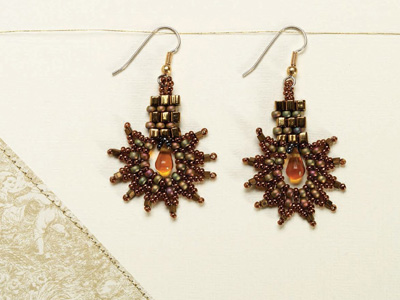 If you like DIY earrings, then you'll LOVE these brick stitch earrings from Beading Daily.
