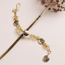 Learn how to make jewelry with beads