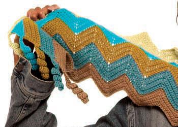 Corkscrew Crochet Edges: Zig-Zag Scarf