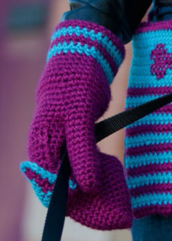 From easy to more intricate, find your crocheted mittens match.