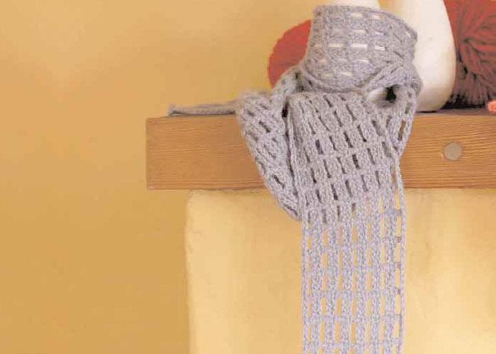 Beginner Crochet Scarf: Off the Grid Scarf by Marilyn Murphy