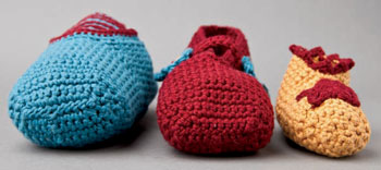 Learn how to crochet slippers and customize your free crochet slipper patterns.