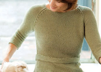 Simple Sweater Knitting Pattern: Green Tea Raglan