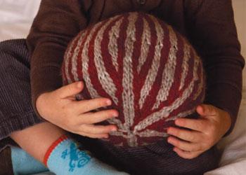 Knit Ball Pattern: Nordic Striped Ball