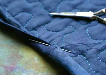 Invisible Sleeve Finishing Tutorial: Two-sided Quilts by Barbara Shapel