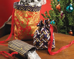 Easy Gifts to Sew: Reversible Gift Bags