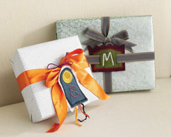 Easy Gifts to Sew: Monogrammed Fabric Gift Tags