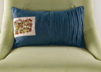 Sewing Pillow Covers Pattern 5: Cute-as-a-Button Pillow