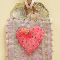 Free Project: Fabric Art Heart Tag by Beryl Taylor