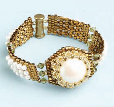 Pearl Beading Designs: By the Sea Bracelet