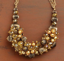 Pearl Necklace Designs: Amber Opulence 