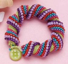 Make a stunning peyote bracelet