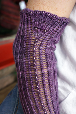knit beads arm band