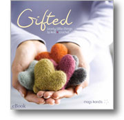 Gifted: Lovely Little Things to Knit & Crochet
